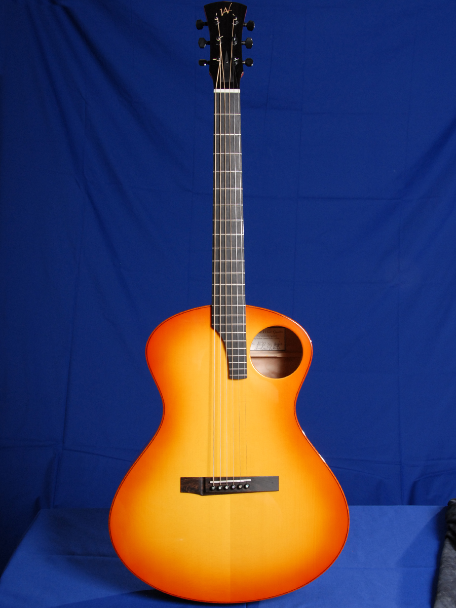 Sunburst Model E: What's with the offset sound hole and
