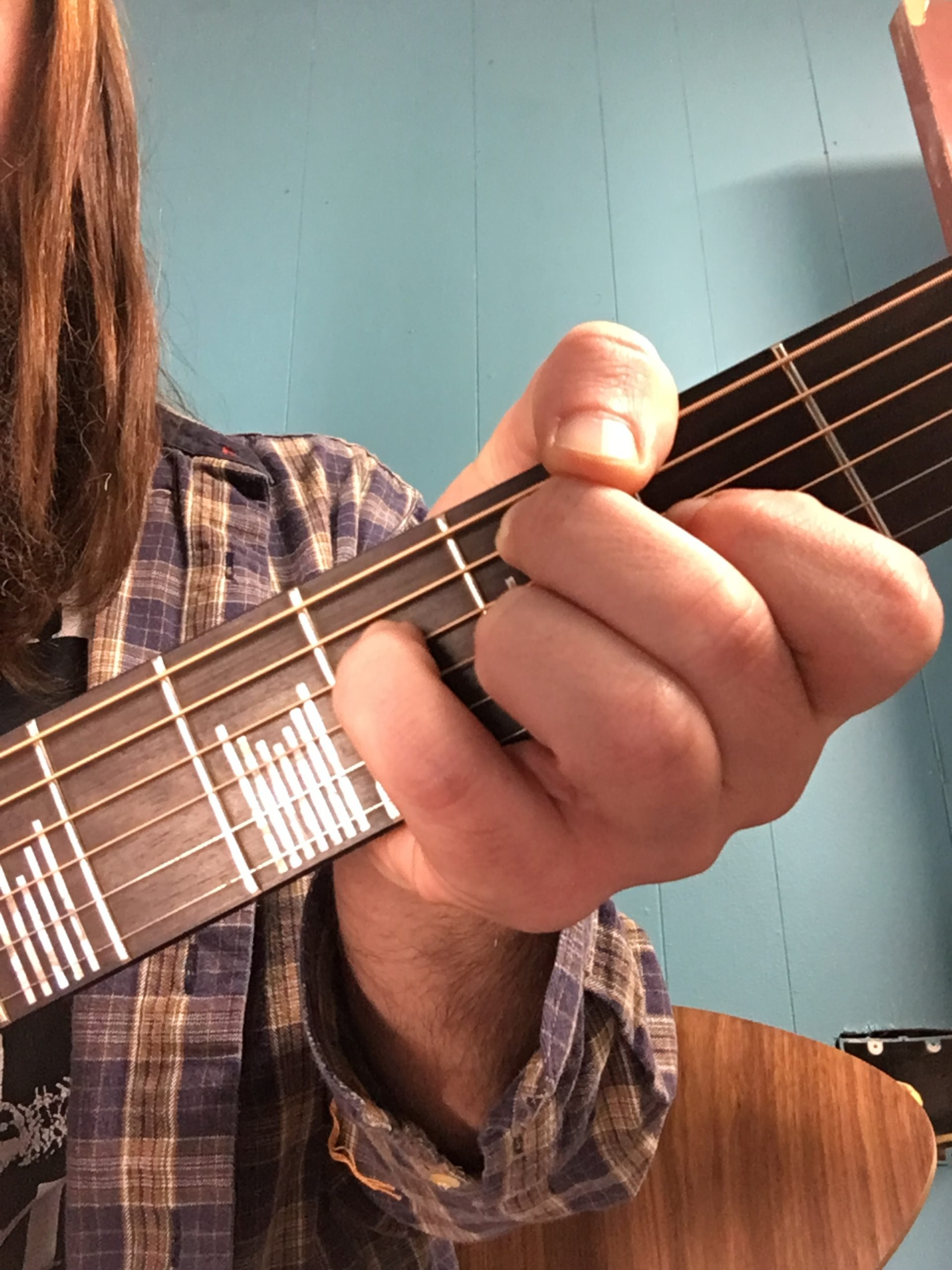 Guitar Tips & Tricks: 5 Bad Habits That are Killing Your Left Hand!